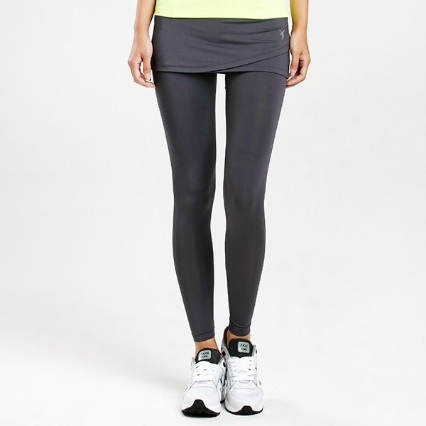 AKIII CLASSIC  <br> <b>运动10分两件套打底裙裤</b> <br>灰色<br>