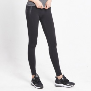 AKIII CLASSIC  <br> <b>AP-0112 运动紧身裤</b> <br>黑色<br>