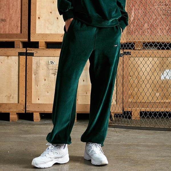 <b><font color=green>A标签街头服饰</font></b> <br>丝绒运动裤绿色